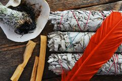 Free White Sage Smudge Sticks And Orange Feather Royalty Free Stock Photography - 177239797