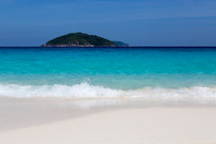 White sand beach and turquoise blue sea Stock Photography