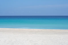 White sand peaceful beach Royalty Free Stock Photos
