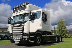 White Scania R520 Stream Longline on the Show Royalty Free Stock Photos