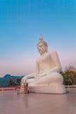 white statue buddha Royalty Free Stock Images