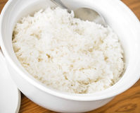 White steamed rice in white ceramic bowl Royalty Free Stock Photos