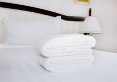 White towels  the bed Royalty Free Stock Image