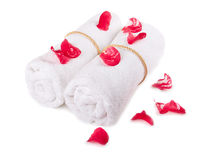 White towels with red petals Royalty Free Stock Image