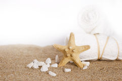 White towels and seastar Stock Photography