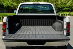 Free White Truck Bed Stock Photos - 114673273