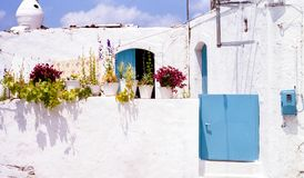White House and Plant Pots in Crete Royalty Free Stock Photos