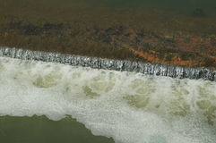 White waves in the dam Royalty Free Stock Images
