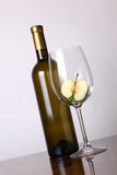 White wine and apple Royalty Free Stock Images
