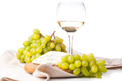 White wine, blue cheese and grapes Royalty Free Stock Photography