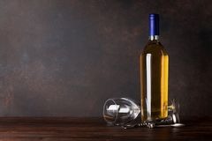 White wine bottle and glass Royalty Free Stock Photos