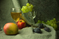 White wine composition with grapes Royalty Free Stock Image
