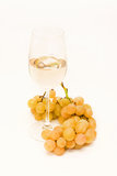 White wine and grapes Royalty Free Stock Photos