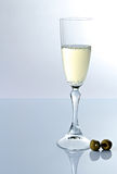 White wine and olives Royalty Free Stock Images