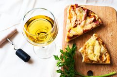 White wine and pizza Stock Photography