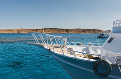 White yacht in the clear blue water шт Sharm El Sheikh Stock Photos