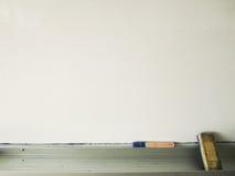 Whiteboard com pena e eliminador Imagens de Stock Royalty Free