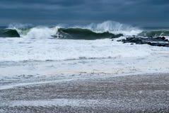 Whitecaps e schiuma del mare Immagine Stock