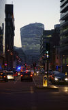 Whitechapel väg i aftonen Arkivbilder