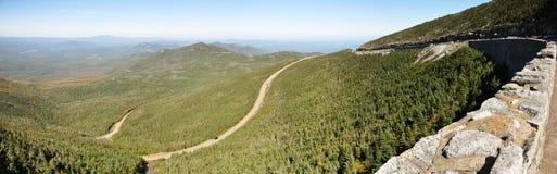 Whiteface山退伍军人纪念高速公路, NY,美国 免版税库存图片