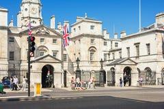Whitehall - garde de cheval royale Palace Londres, R-U Photographie stock