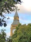 Whitehall y Big Ben foto de archivo libre de regalías