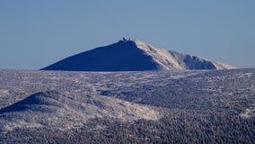 Whiteness i jätte- berg/Karkonosze royaltyfria bilder
