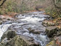 Whitetop Laurel Creek Waterfall i Virginia arkivbild