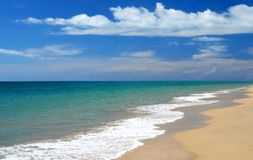 Whitewash auf tropischem karibischem Strand Stockbild