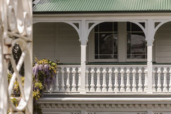 Whitewashed colonial house Royalty Free Stock Photography