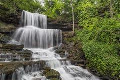 Whitewater precipitante a cascata Fotografie Stock Libere da Diritti