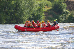Whitewater rafting Arkivbild