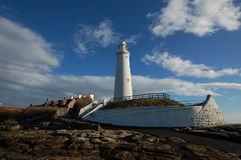 Whitley Bay Lighthouse. Low tide at St Mary's Island Whitley Bay lighthouse Stock Photo