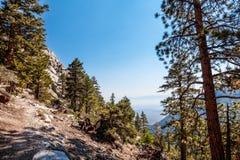 Whitney terenu jezior śladu Inyo Wrotny las państwowy, - CA Obrazy Stock