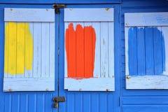 WHITSTABLE, HET UK - 15 OKTOBER, 2017: Close-up op de ingang van een kleurrijke houten hut Royalty-vrije Stock Foto's