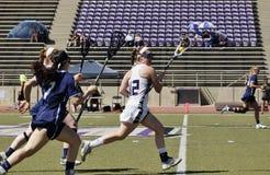 03-14 Whittier Frauen ` s Lacrosse 2016 5 Fairleigh Dickerson 18 Lizenzfreies Stockbild