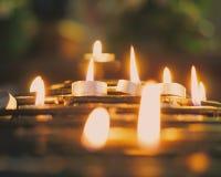 Who bidt u voor vandaag? stock afbeeldingen