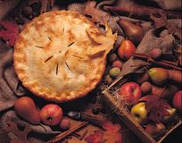 Whole apple pie Royalty Free Stock Photos