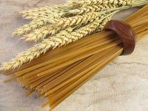 Whole grain linguine Royalty Free Stock Photos