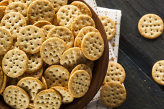 Whole Grain Wheat Round Crackers Stock Images