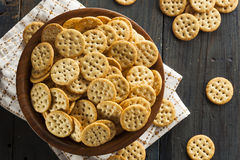 Whole Grain Wheat Round Crackers Royalty Free Stock Images