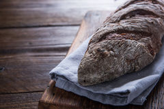 Whole loaf of artisan bread Royalty Free Stock Images