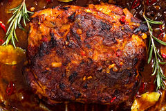 Whole roast shoulder of pulled pork in roasting pan Stock Photography