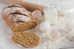 Whole wheat homemade bread, bio ingredients, healthy food Stock Photography
