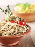 Whole wheat spaghetti Royalty Free Stock Photos