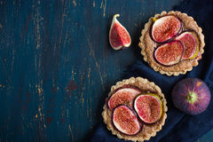 Whole wheat tarts  with chocolate frangipane and figs Stock Image