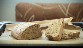 Wholegrain zdrowy chleb dla każdy dnia Fotografia Royalty Free