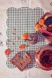 Wholemeal bread with apricot jam Royalty Free Stock Photos