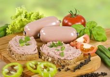 Wholemeal bread and liver pate Royalty Free Stock Photos