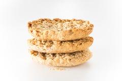 Wholewheat chips w bielu odizolowywającym Zdjęcia Royalty Free